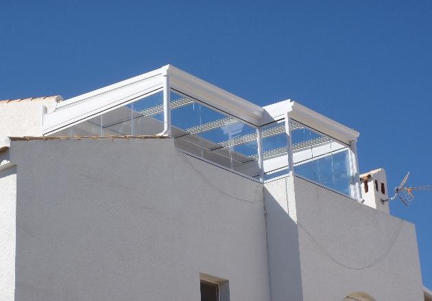 Techos fijos y m viles para terrazas cubiertas para for Tipos de techos para porches